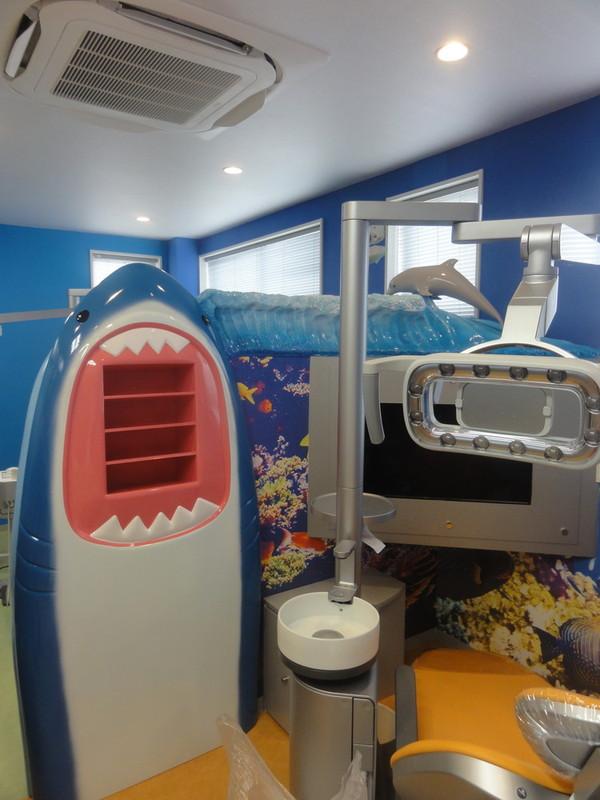 サメのパーテーション1