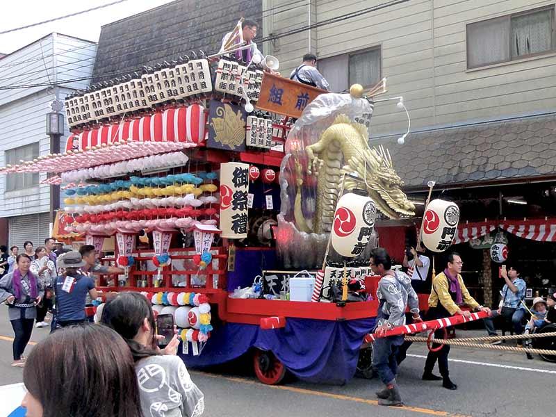 塩原温泉祭りの龍の立体造形2